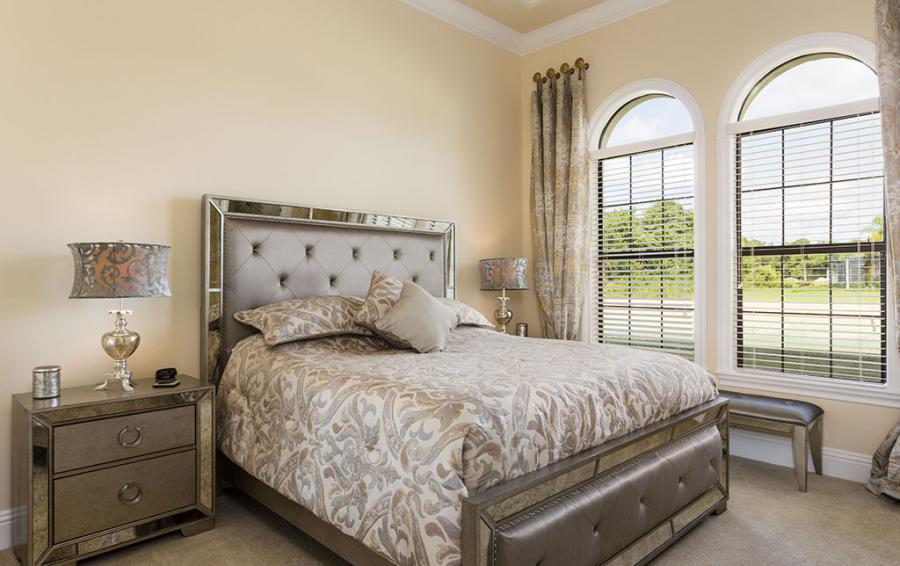 Master Bed 4- Luxery Bedding, Upolstered Mirrored Headboard - Flannel - 9 Bedroom Reunion Resort Vacation Mansion - Homes4uu