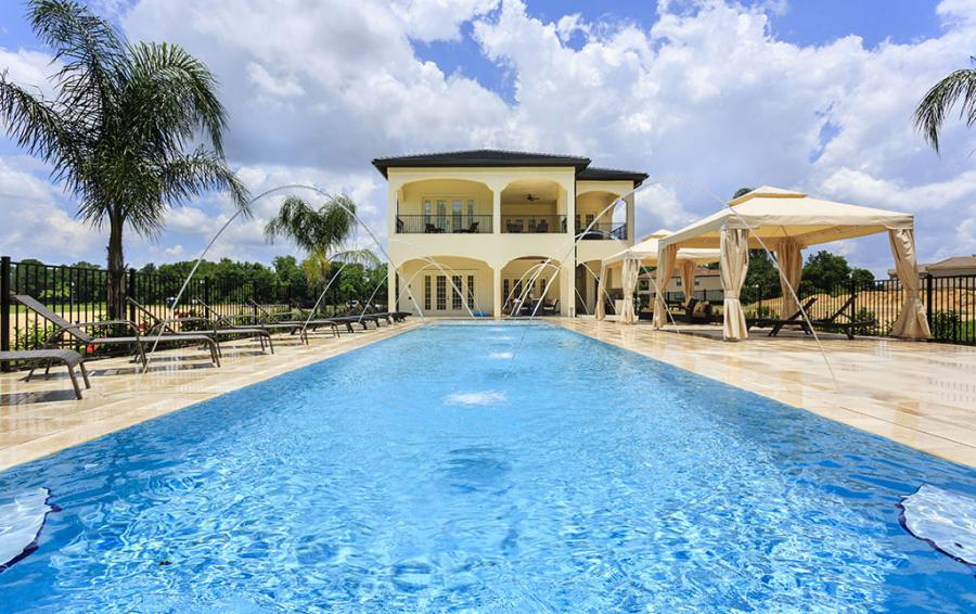 Pool-4- Water Features Fountians - Flannel - 9 Bedroom Reunion Resort Vacation Mansion - Homes4uu