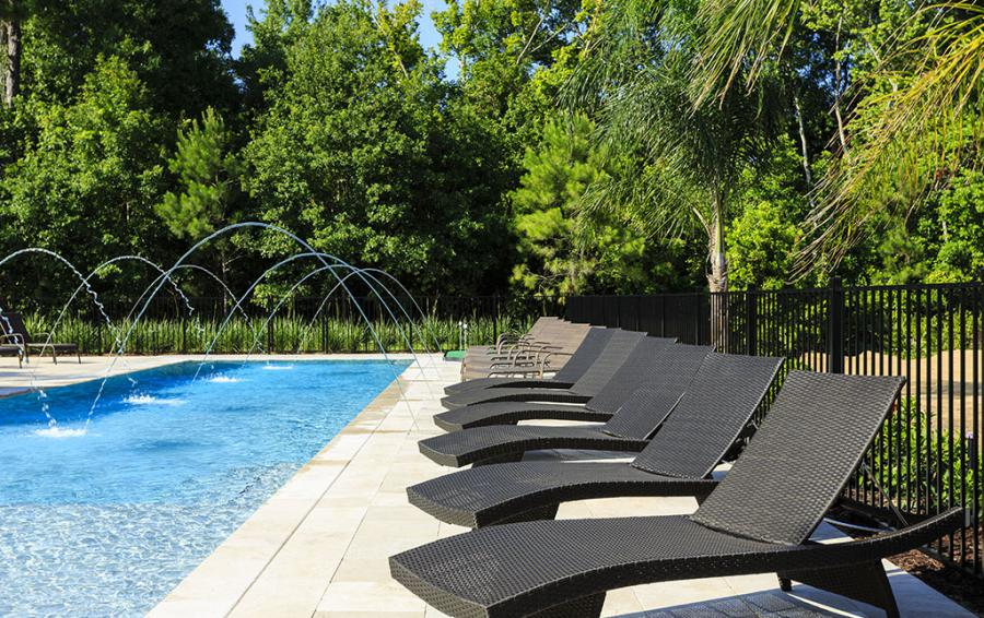 Pool Deck-1-Lounge Chairs - Flannel - 9 Bedroom Reunion Resort Vacation Mansion - Homes4uu