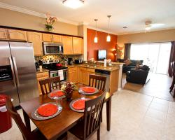 Modern 3 Bedroom Townhouse - Blue Allure - Homes4uu - Great Room