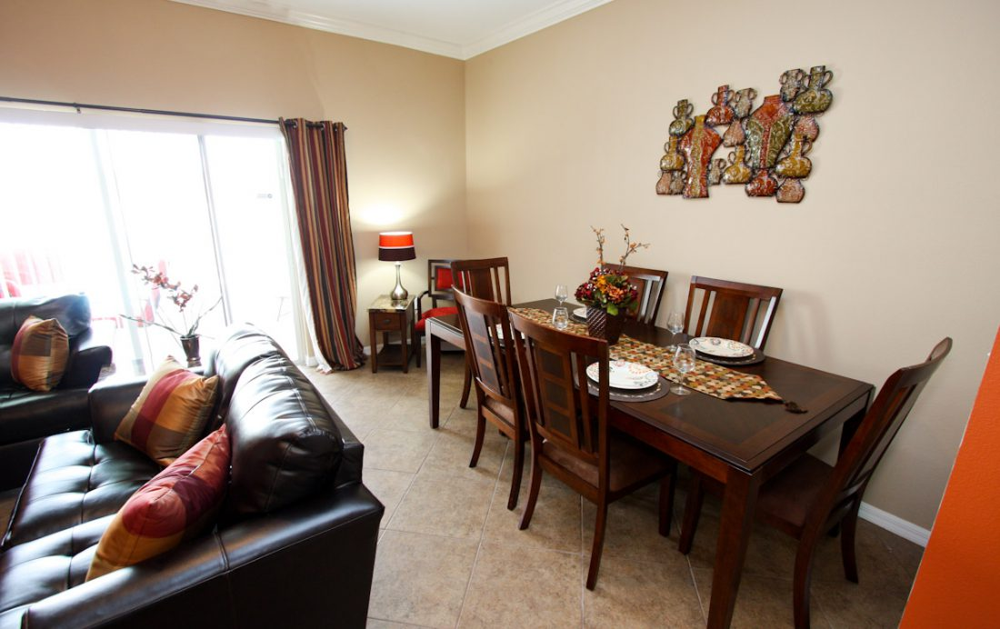 Dining Area - Blue Allure - Well Appointed 3 Bed Townhouse - Dream Resort - Homes4uu