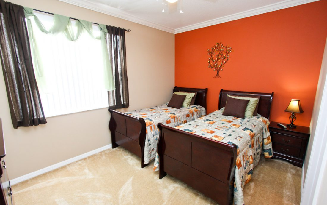 Bedroom 3 View 2 - Blue Allure - Well Appointed 3 Bed Townhouse - Dream Resort - Homes4uu