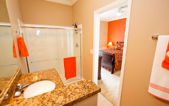 Bathroom 1 Shower - Buoy Reverie - Well Appointed 3 Bed Townhouse - Dream Resort - Homes4uu