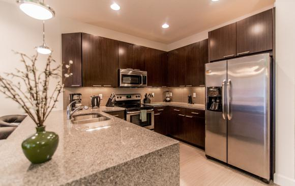 Ocean Whisper - 3 Bedroom Townhouse with a Pool - Homes4uu - Beautiful New Appliances