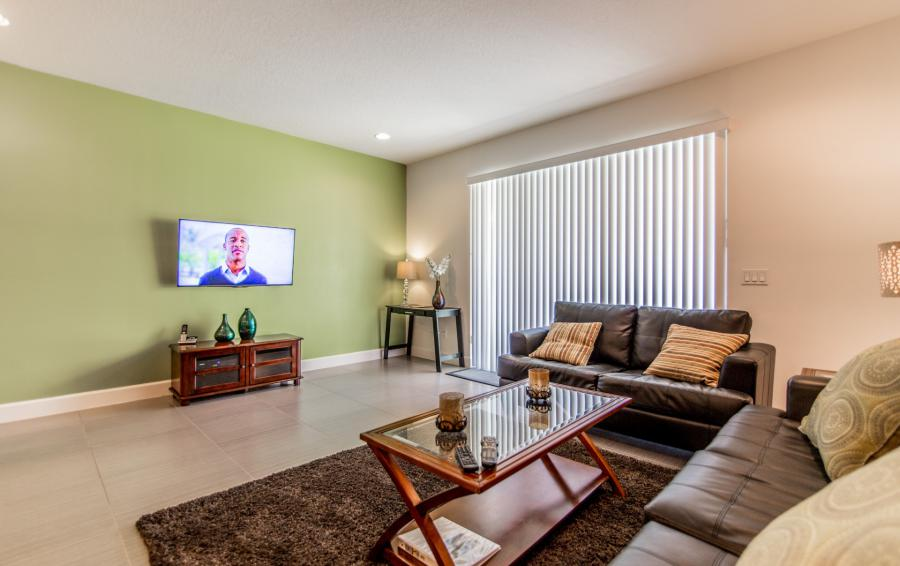 Great Room and TV - Ocean Whisper - 3 Bedroom Townhouse with a Pool - Homes4uu