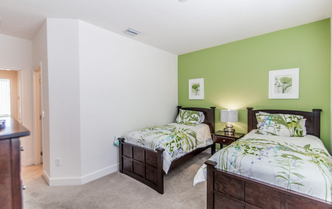Bedroom 2 View 2 - Ocean Whisper - 3 Bedroom Townhouse with a Pool - Homes4uu
