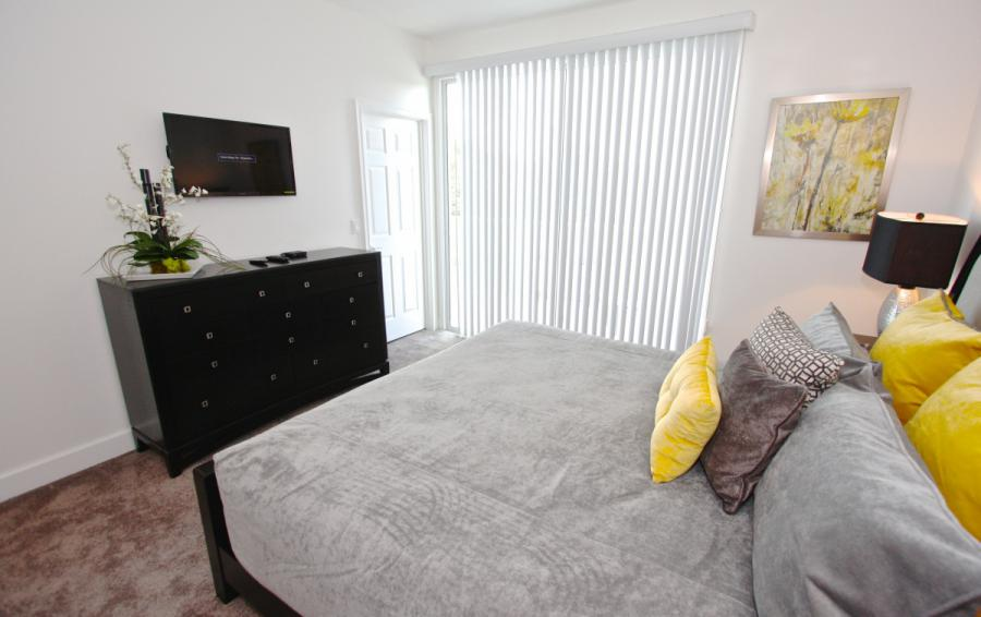 Bedroom 3 entertainment area - Swift Sails 3 Bedroom Modern Townhouse - Dream Resort - Homes4uu