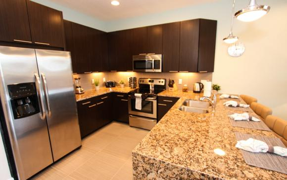 Kitchen - Swift Sails II 3 Bed Vacation Townhouse - Dream Resort - Homes4uu
