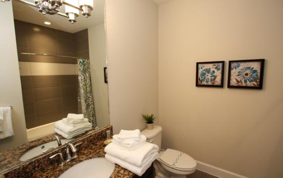Twin Bedroom en Suite - Swift Sails II 3 Bed Vacation Townhouse - Dream Resort - Homes4uu