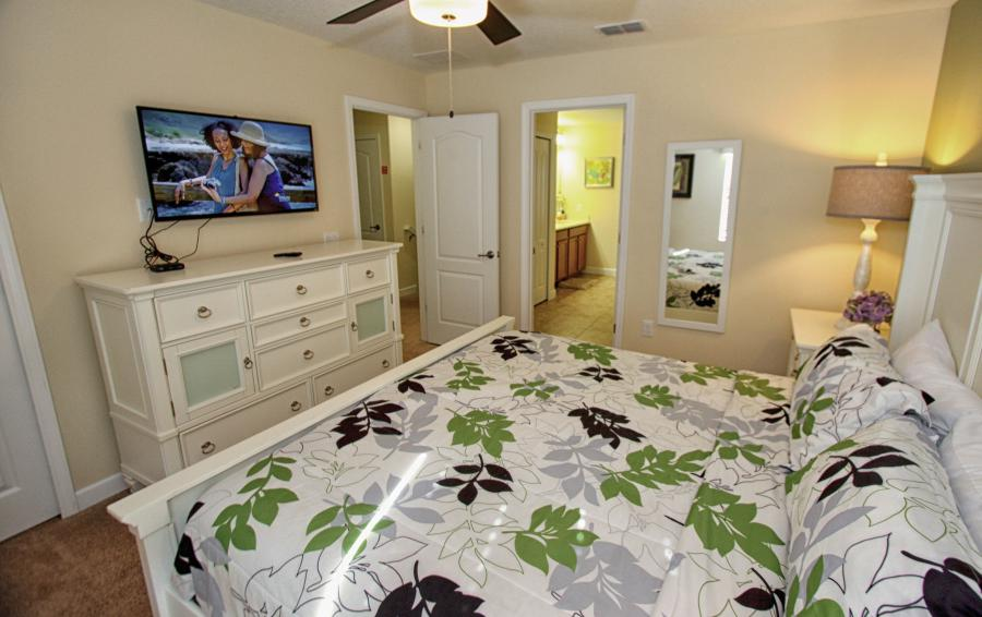 Bedroom 3 View 3 - Celeste 9 Bedroom Orlando Vacation Home - Championsgate Resort - Homes4uu