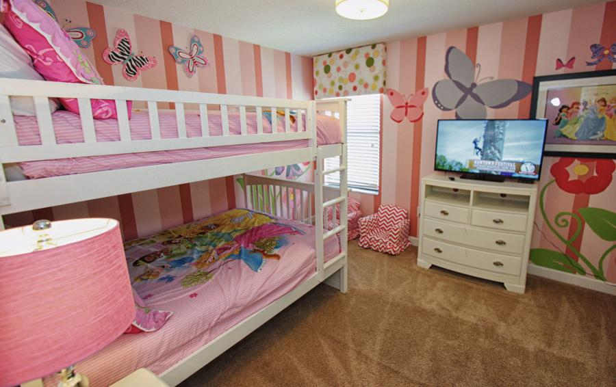 Princess Themed Bedroom 5 - Celeste 9 Bedroom Orlando Vacation Home - Championsgate Resort - Homes4uu