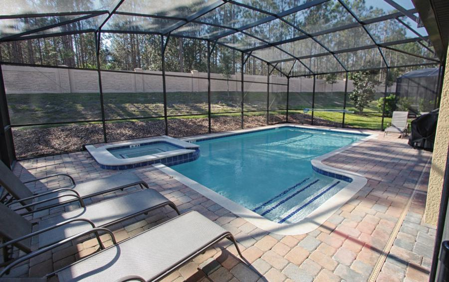 Private Pool, In Ground Spa and Pool Deck - Celeste 9 Bedroom Orlando Vacation Home - Championsgate Resort - Homes4uu