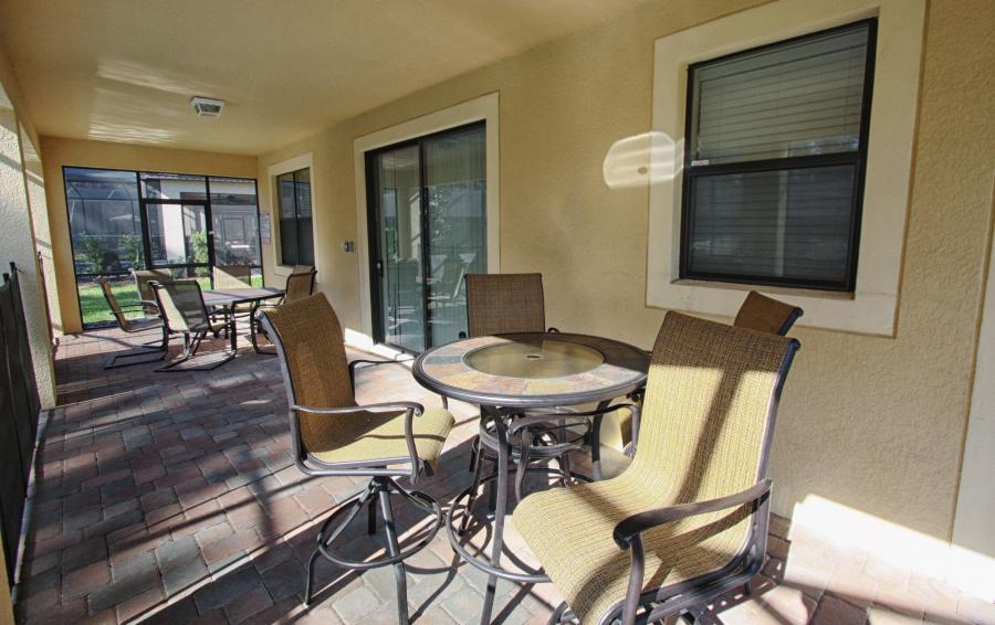 Pool Deck Lanai - Celeste 9 Bedroom Orlando Vacation Home - Championsgate Resort - Homes4uu