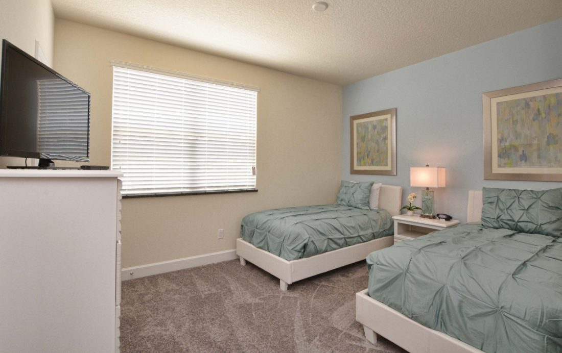 Bedroom 2 - Upper Mainstay 3 Bedroom Beautiful Orlando Townhouse - Dream Resort - Homes4uu