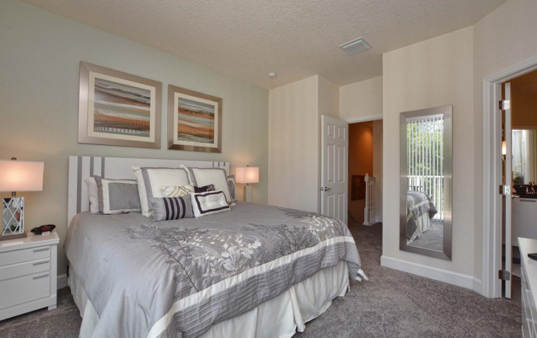 Bedroom 1b - Upper Mainstay 3 Bedroom Beautiful Orlando Townhouse - Dream Resort - Homes4uu