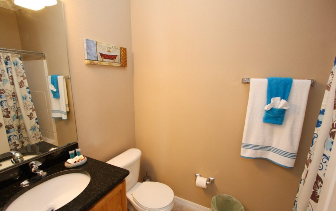 Bathroom 3 - Buoy Reverie - Well Appointed 3 Bed Townhouse - Homes4uu