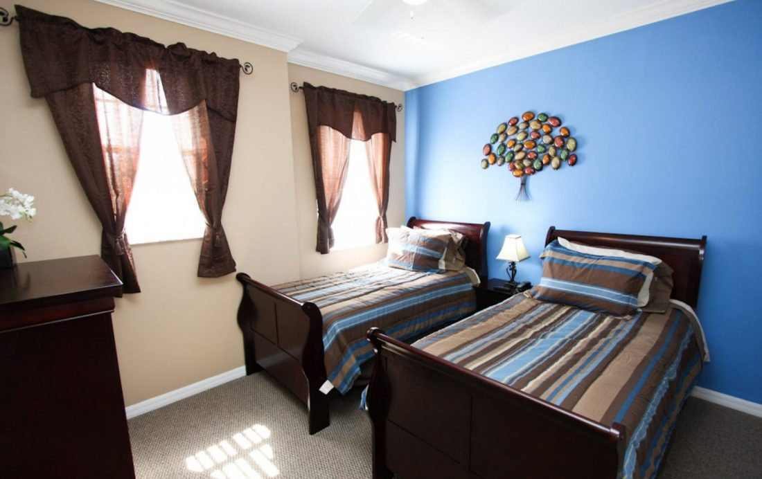 Bedroom 3 - Buoy Reverie - Well Appointed 3 Bed Townhouse - Homes4uu
