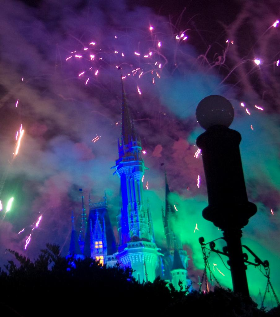 Mickey's Not So Scary Halloween Party Hallowishes Fall in Walt Disney World