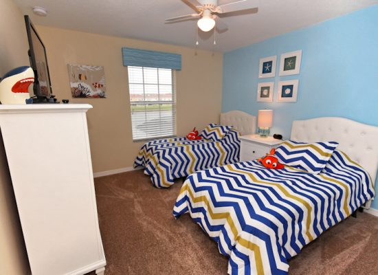Bedroom 1 - 4 Bedroom Paradise Palms Townhome - Minnie's Cottage - Homes4uu