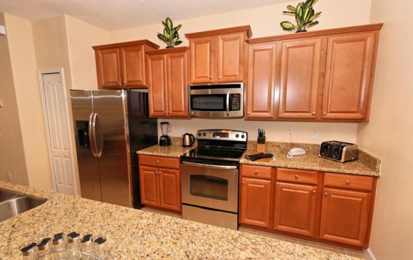 kitchen 1 - 4 Bedroom Paradise Palms Townhome - Minnie's Cottage - Homes4uu