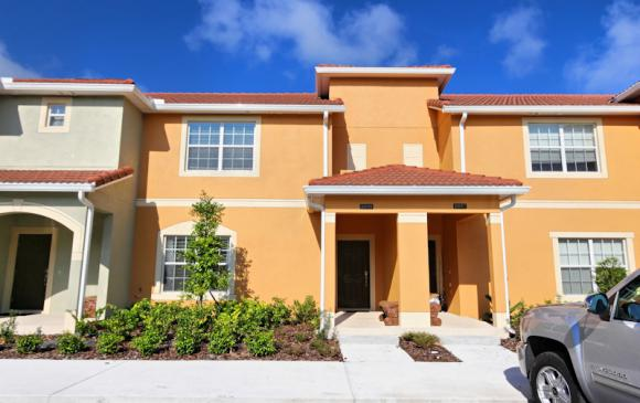 Front of Home - 4 Bedroom Paradise Palms Townhome - Minnie's Cottage - Homes4uu
