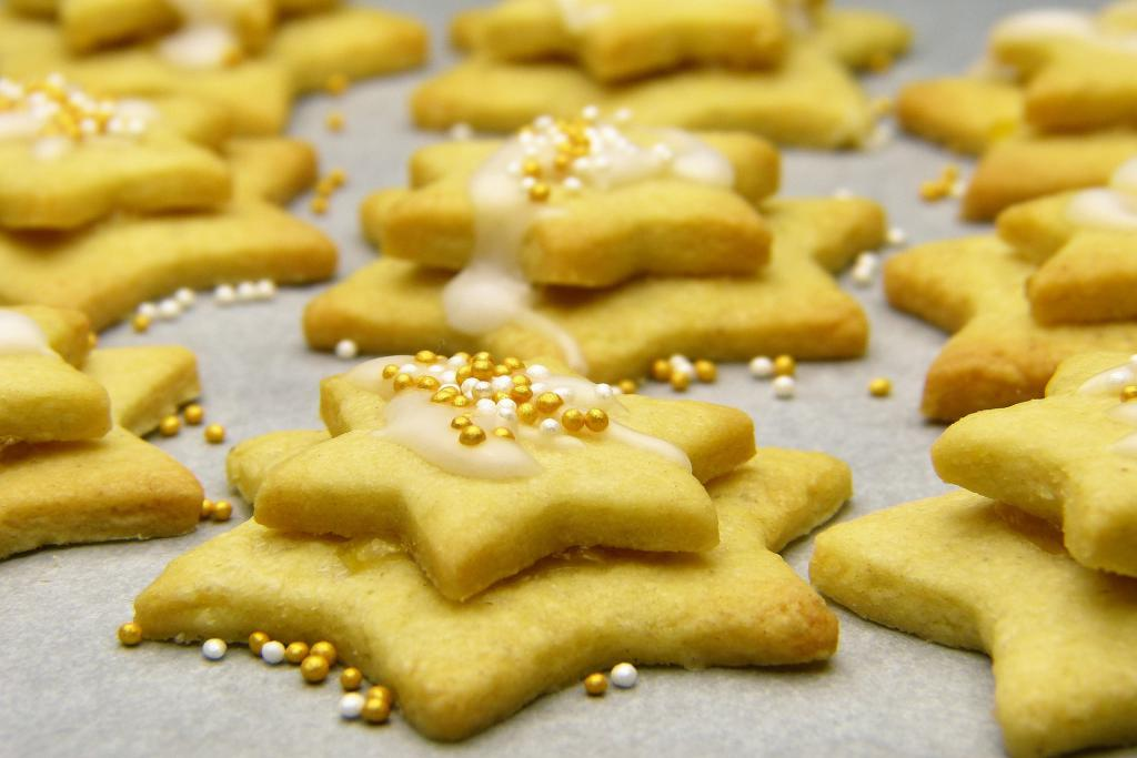 Cookies Dress up your Vacation Home for the Holidays