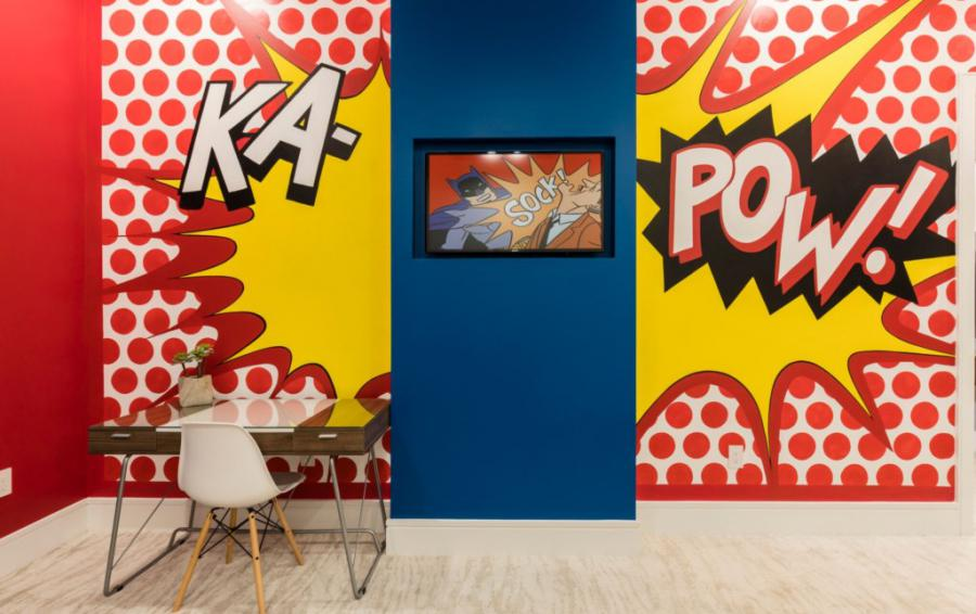 Bedroom 4 Kapow Mural - Royal Fortune - 12 Bedroom Vacation Home - Homes4uu