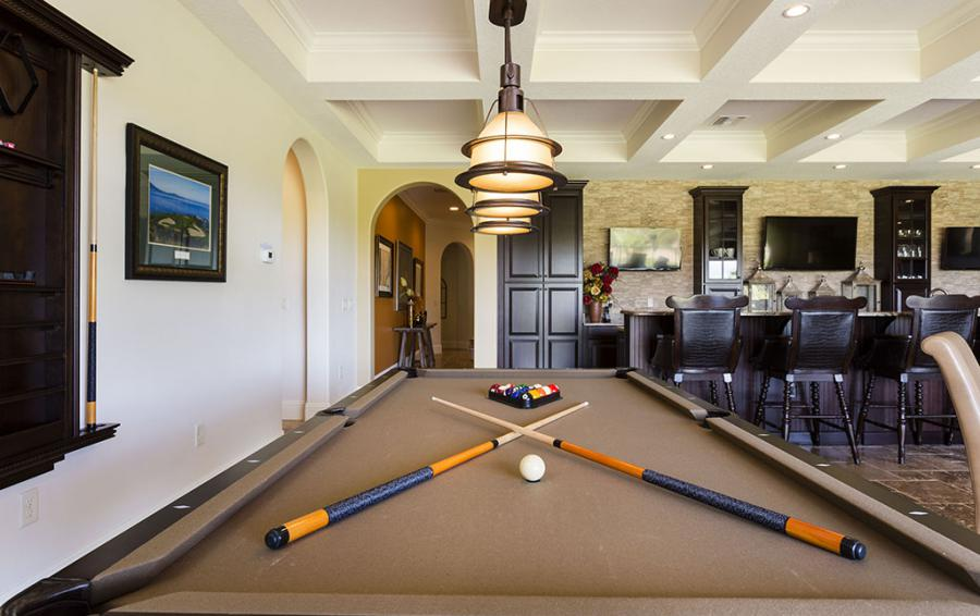 Rec Room Billiard Table - Prince Royal - 11 Bedroom Vacation Home - Homes4uu