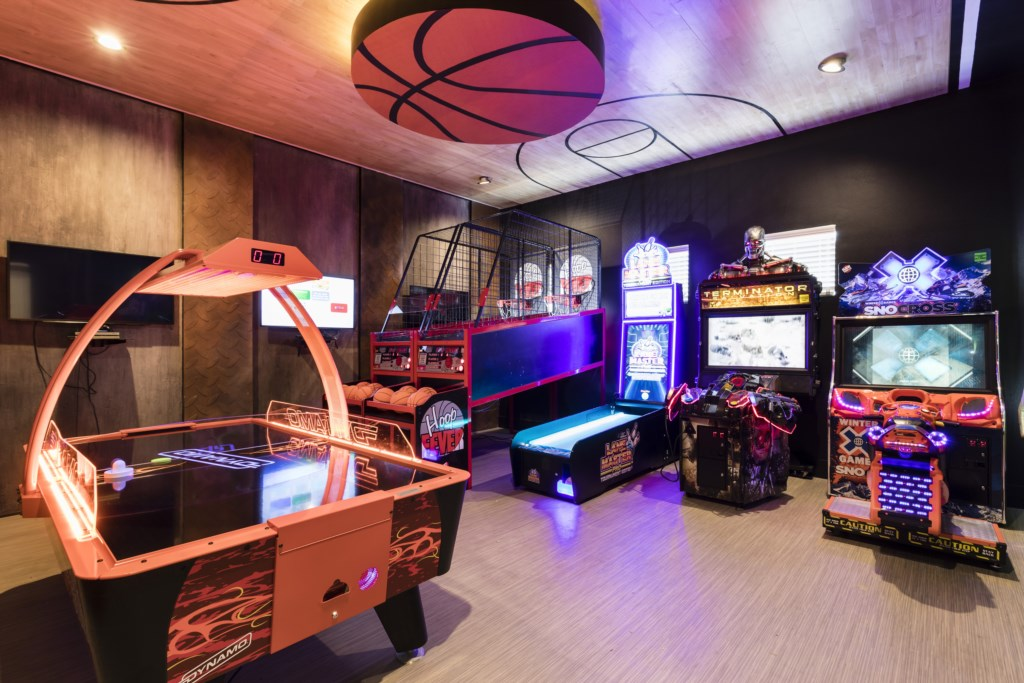 Arcade Full ViewWet Bar and Stairwell - Hopesail - 10 Bedroom Reunion Resort Vacation Home - Homes4uu