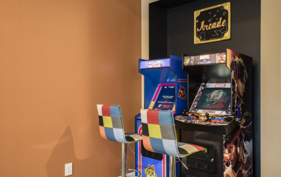 Arcade Games - Steam Boat Willie's Castle - 8 Bedroom Disney Themed Vacation Home - Homes4uu
