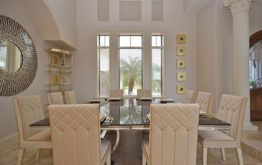 Dining Room Formal Seating for 10 - Swift Sailing - 6 Bedroom Custom Luxury Vacation Home - Homes4uu