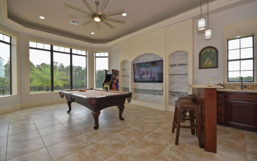 Game Room with Bar - Swift Sailing - 6 Bedroom Custom Luxury Vacation Home - Homes4uu