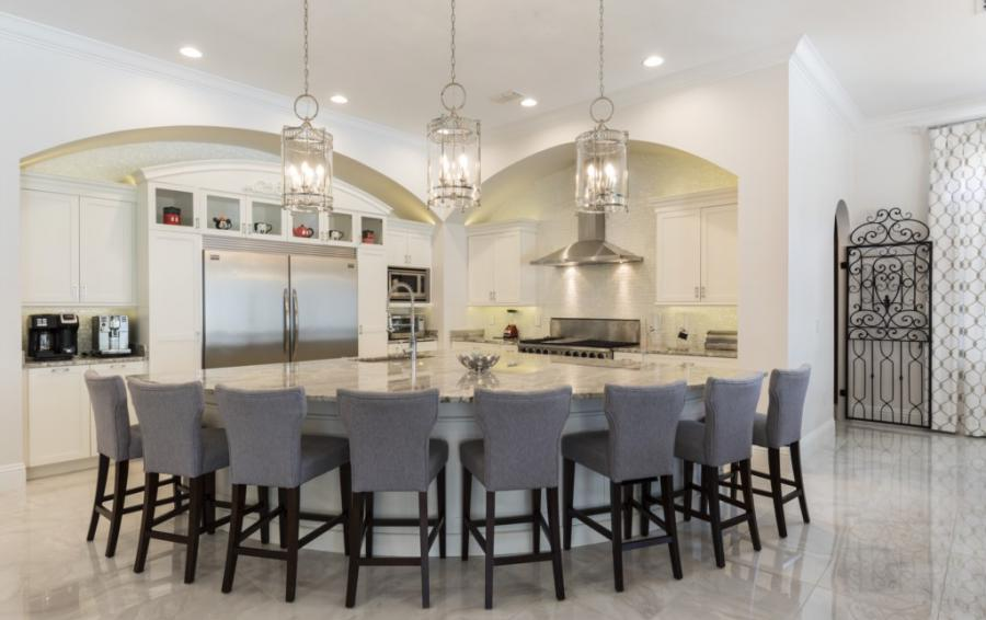 Kitchen Island Seating - Steamboat Willie's Castle - 8 Bedroom Disney Themed Vacation Home - Homes4uu