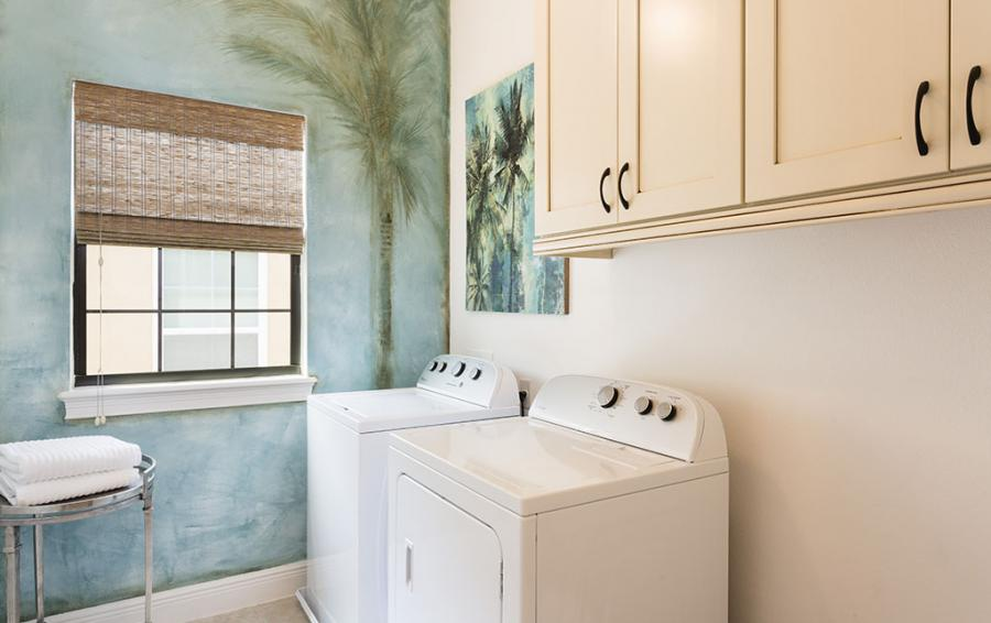 Laundry Room - Castaway - 5 Bedroom Themed Vacation Home - Homes4uu