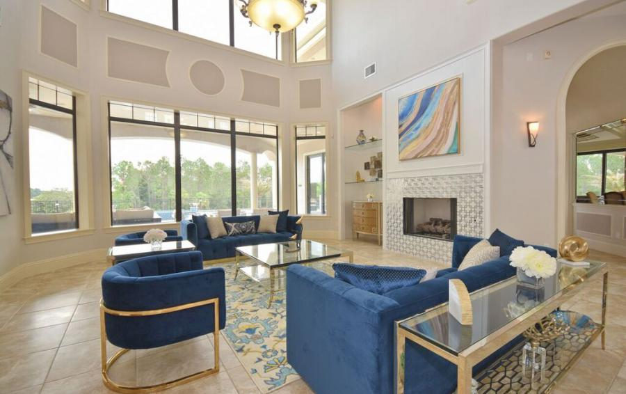 Living Room- Open Plan Living Space - Swift Sailing - 6 Bedroom Custom Luxury Vacation Home - Homes4uu