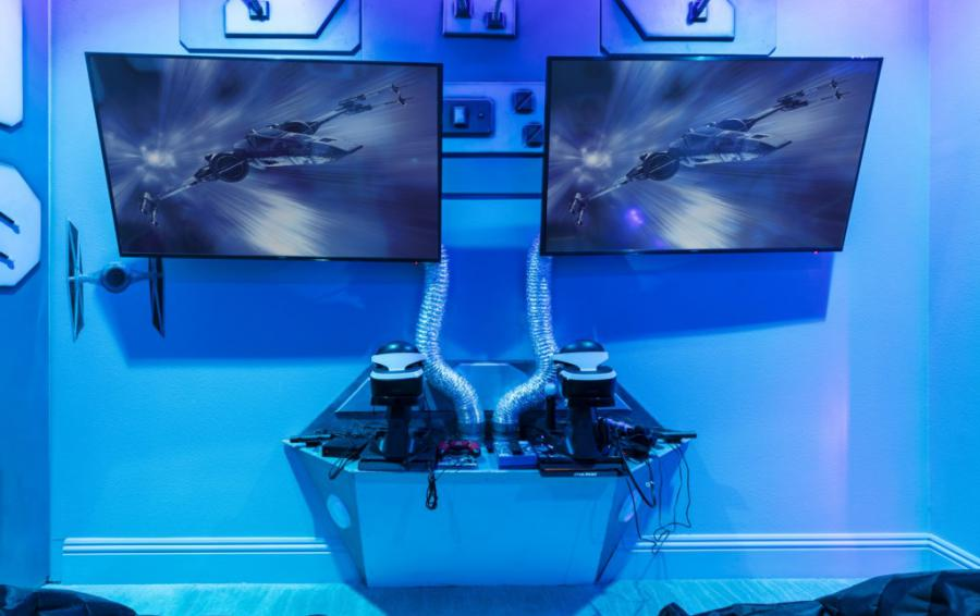 Millennium Falcon Secret Gaming Room Play Panels - Steam Boat Willie's Castle - 8 Bedroom Disney Themed Vacation Home - Homes4uu