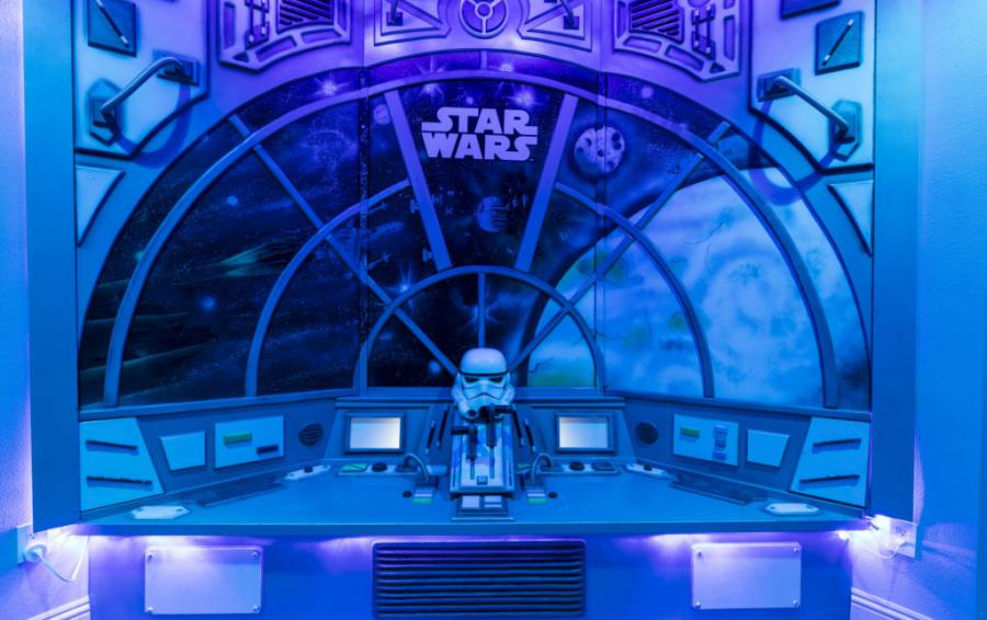 Millennium Falcon Secret Gaming Room Window View into Space - Steam Boat Willie's Castle - 8 Bedroom Disney Themed Vacation Home - Homes4uu