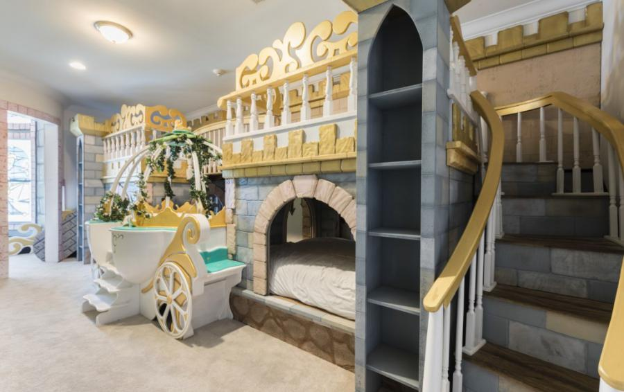 Princess Themed Castle Double Bunk Beds - Steamboat Willie's Castle - 8 Bedroom Luxury Vacation Home Homes4uu
