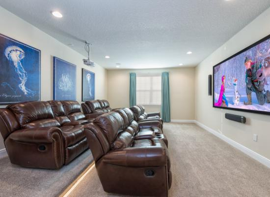 Theater Room with seating for sixteen - Brinicle - 13 Bedroom Vacation Home Homes4uu