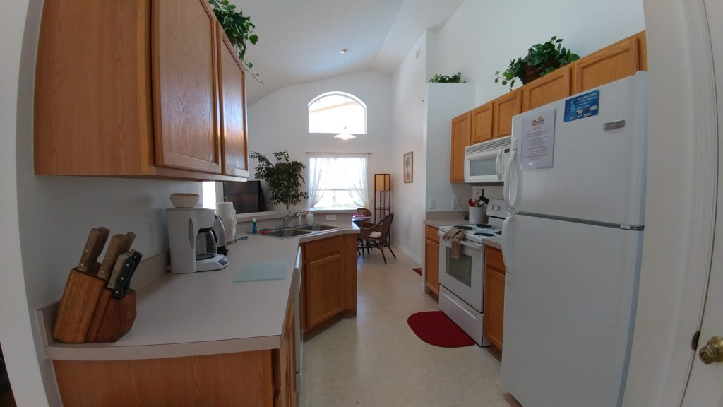 Kitchen Fully Equipped - Barbados - 4 Bedroom Orlando Area Family Resort Vacation Home - Homes4uu