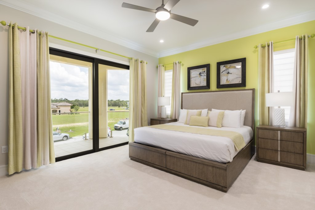 Bedroom 3 - King Size Bed - Captain's Chair - 9 Bedroom - Luxury Orlando Vacation Home - Homes4uu