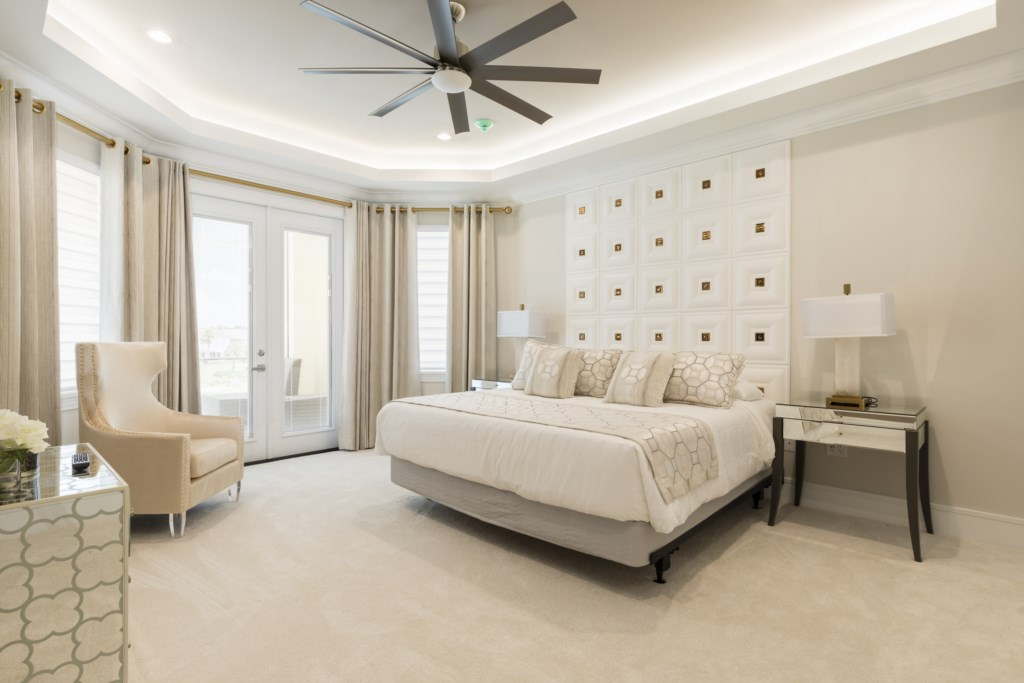 Bedroom 7 - King Size Bed With 55TV- Captain's Chair - 9 Bedroom - Luxury Orlando Vacation Home - Homes4uu