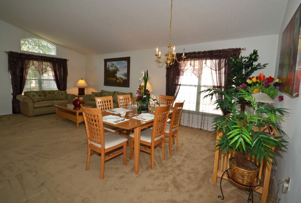 Great Room with Open Plan Layout - Oriental Charm - 4 Bedroom - Disney Area Resort Vacation Home - Homes4uu