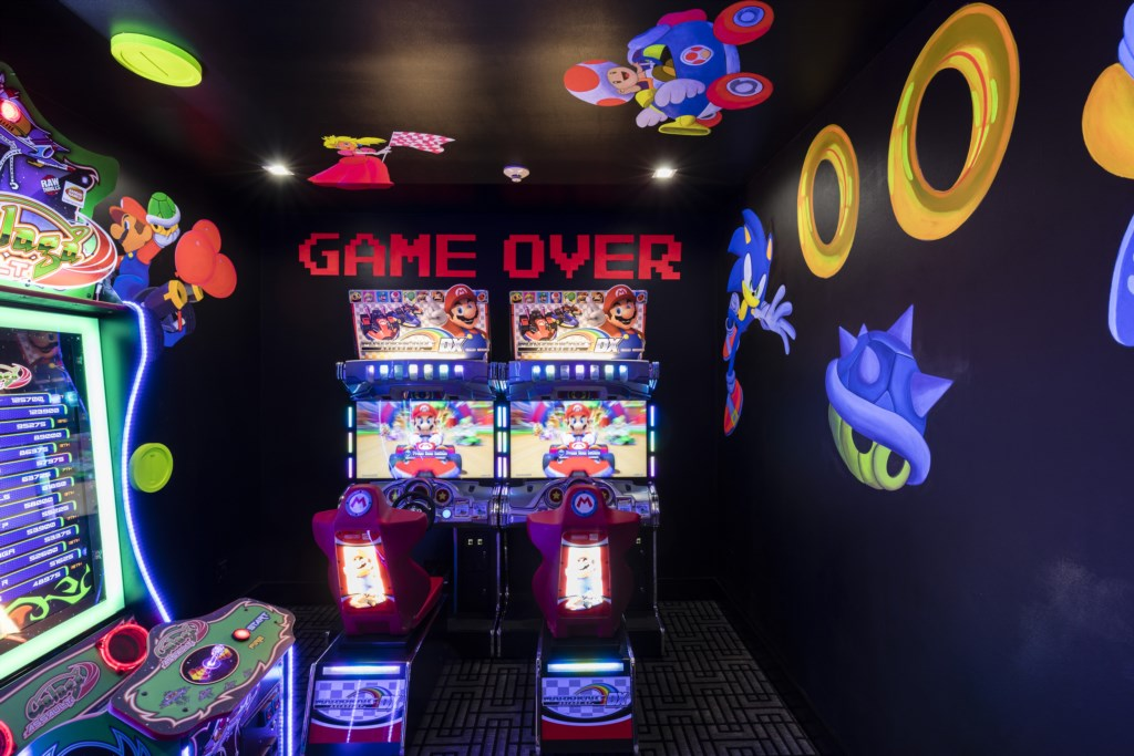 Full Game Room with consoles - Maui - 9 Bedroom Themed Orlando Vacation Home - Homes4uu