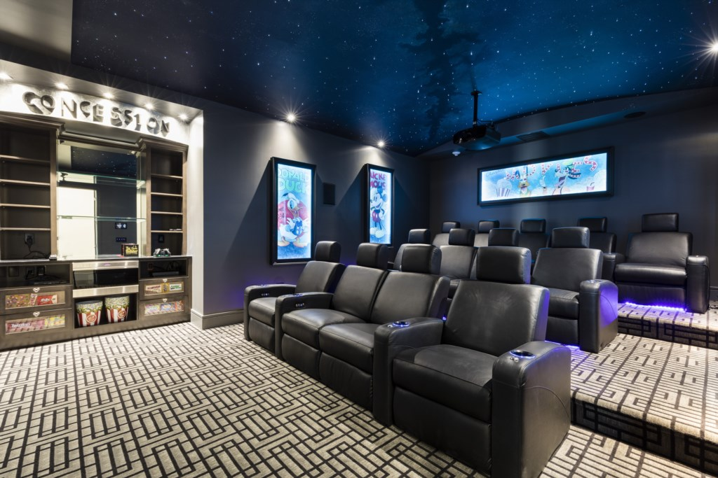 Full Theater Room and Concession Stand - Maui - 9 Bedroom Themed Orlando Vacation Home - Homes4uu