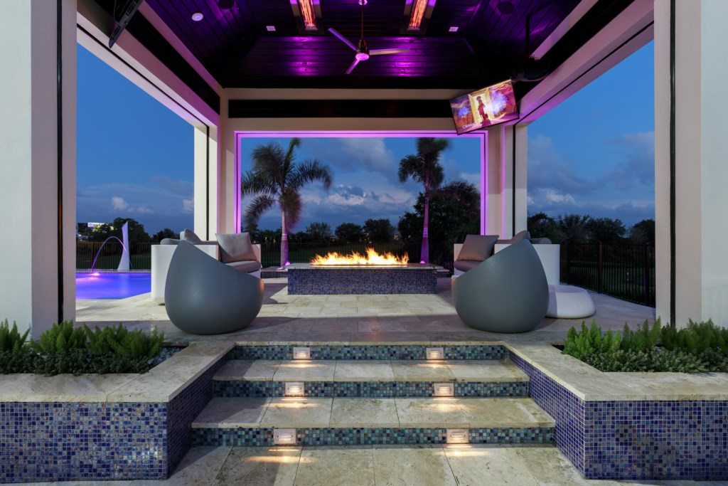 Pool Pavilion at Night - Maui - 9 Bedroom Themed Orlando Vacation Home - Homes4uu