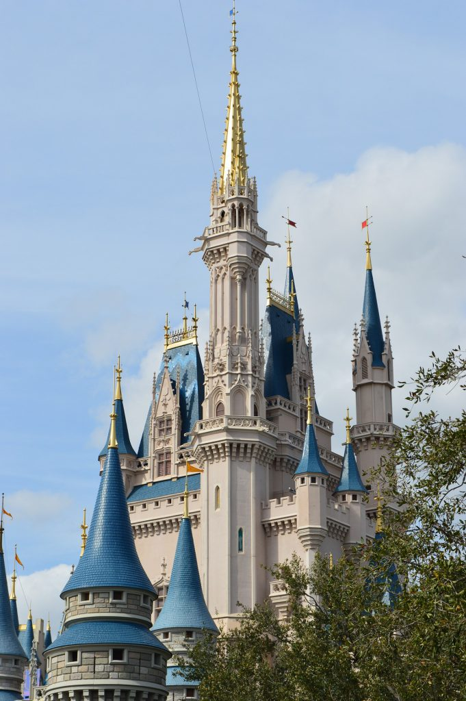 disney-Castle Daytimeworld-3412474_1920