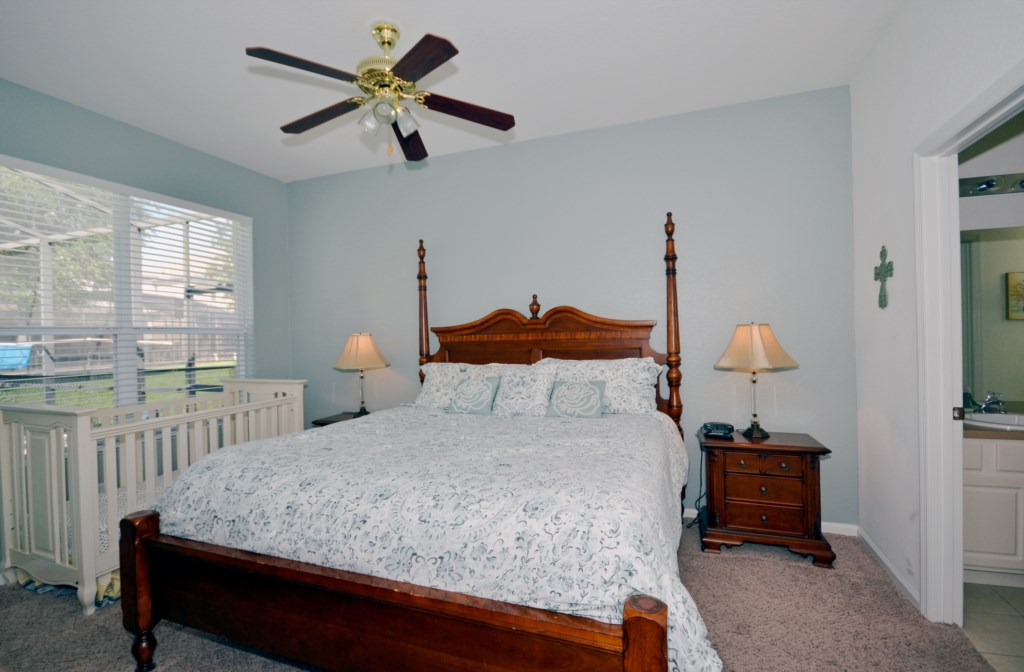 Bedroom 1 - Master Suite King Size BedPrivate Pool - Chateau Soleil - 5 Bedroom - Disney Area Private Pool Home - Homes4uu