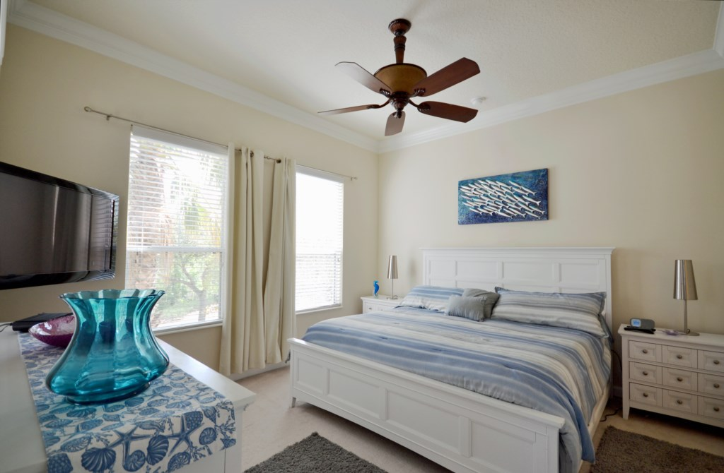 Bedroom 1- Master Suite with King Size Bed - Reunion Retreat - 3 Bedroom - Disney Area Private Pool Villa - Homes4uu
