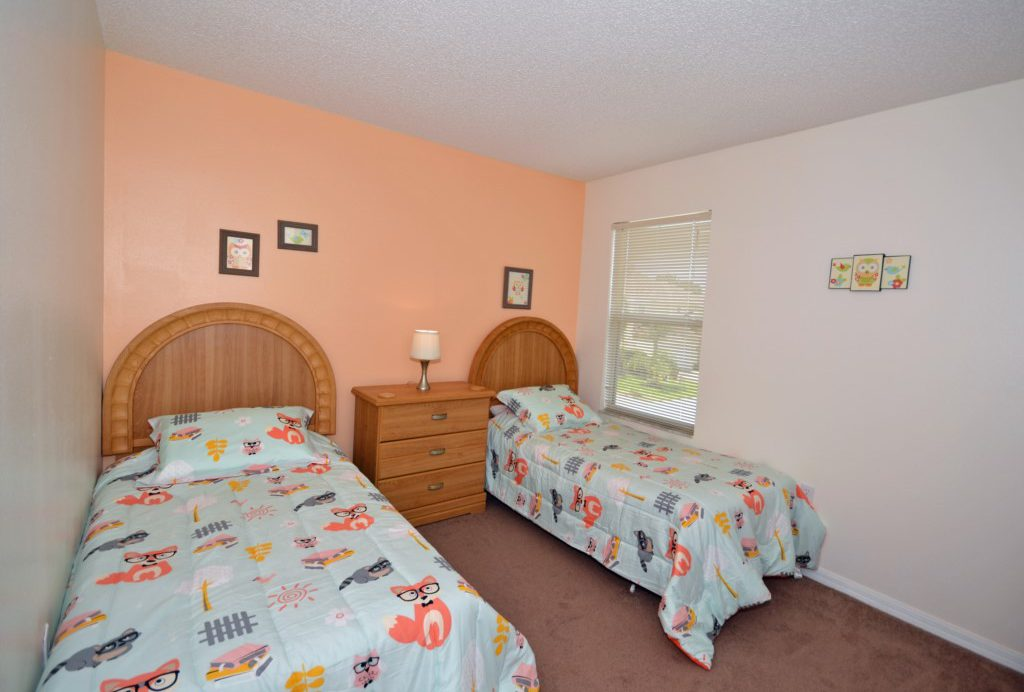 Bedroom - 4 - Two Twin Beds - St. Kitts - 6 Bedroom - Disney Area Family Vacation Home With Private Pool - Homes4uu